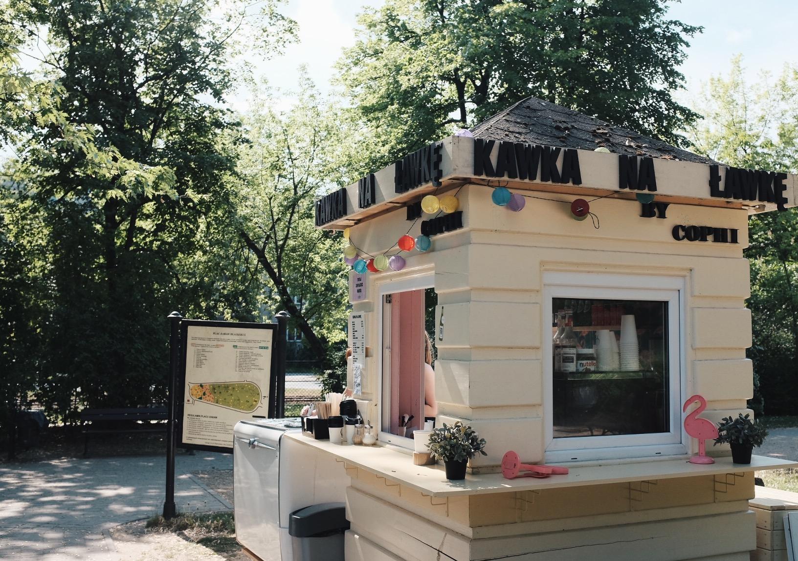 Kawka na Ławkę Park Żeromskiego kawiarnia